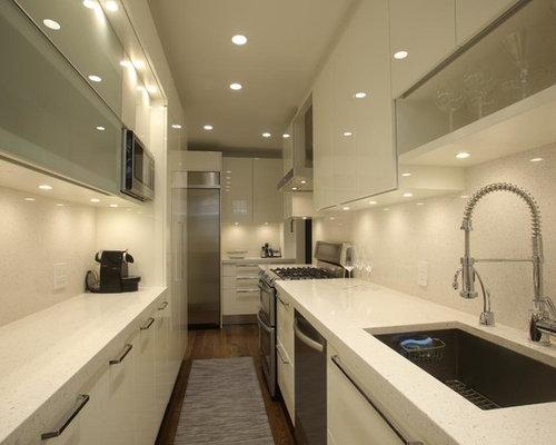 Ideas para cocinas dise os de cocinas de tama o medio for Suelo terrazo blanco