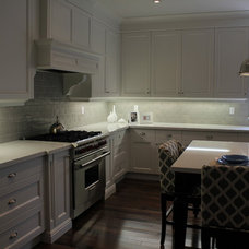 Traditional Kitchen by Jill Greaves Design