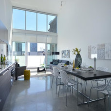 Contemporary Kitchen by Flow Home Staging & Design
