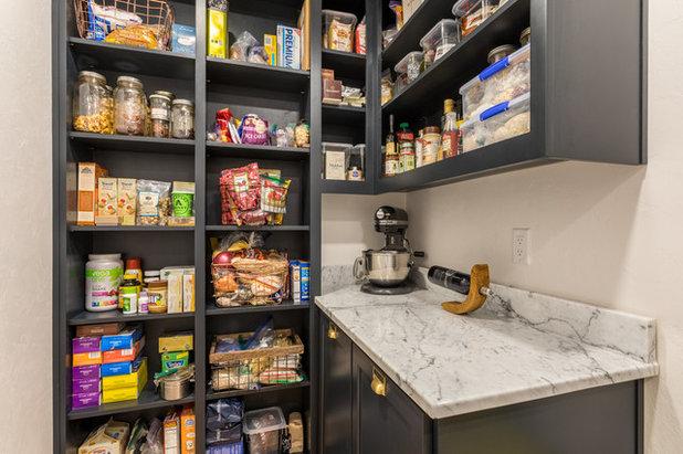 Modern Kitchen by Schweitzer Design & Build, Inc.