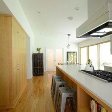 Modern Kitchen by Emerick Architects