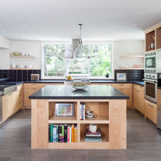 Contemporary Kitchen by Amity Worrel & Co.