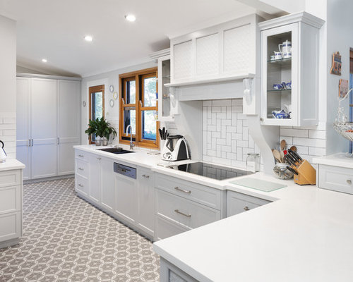 traditional kitchen design. Exellent Traditional Inspiration For A Traditional Kitchen In Perth With Shaker Cabinets Quartz  Benchtops White Splashback Inside Traditional Kitchen Design