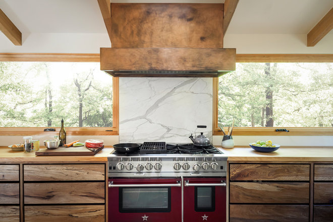 Midcentury Kitchen by Craig O'Connell Architecture