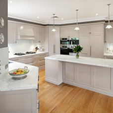Transitional Kitchen by Art of Kitchens Pty Ltd