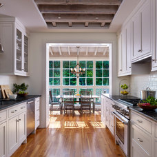 Traditional Kitchen by Hanson General Contracting, Inc.