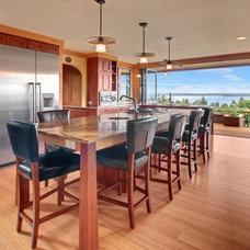 Craftsman Kitchen by Sortun-Vos Architects, P.S.