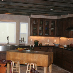 traditional kitchen by Stewart  Construction LLC