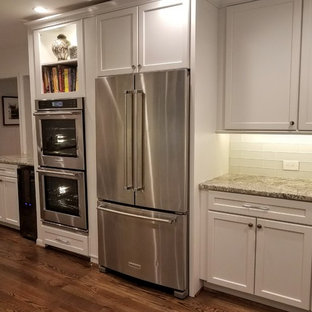 Example of a mid-sized transitional kitchen design in Houston