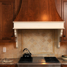 Traditional Kitchen by LOSCOMBE CUSTOM HOMES, INC.