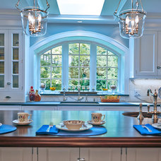 Traditional Kitchen by Sleepy Hollow Custom Kitchens