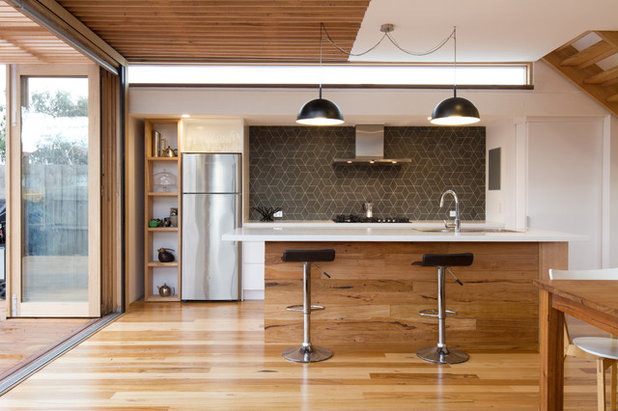 Contemporary Kitchen by Ben Callery Architects