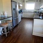 Maine Retreat - Beach Style - Kitchen - Boston - by Anthony Catalfano Interiors Inc.
