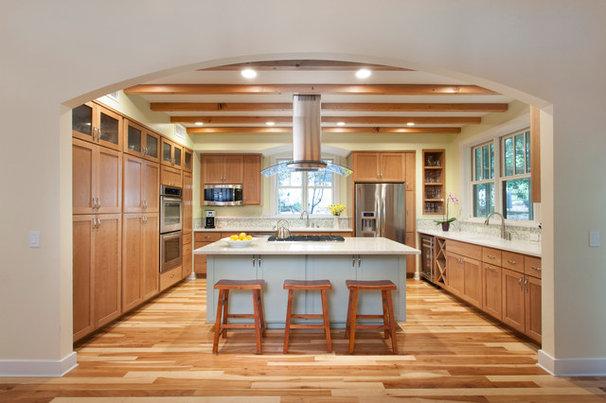 Traditional Kitchen by Laura Burton Interiors