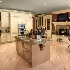 Traditional Kitchen by Associated Designs