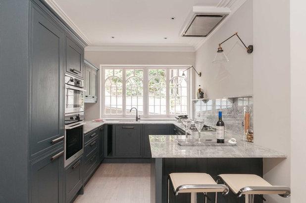 Transitional Kitchen by Morph Interior Ltd