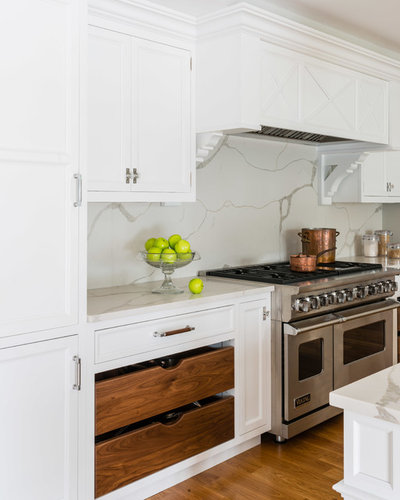 Transitional Kitchen by Metropolitan Cabinets & Countertops