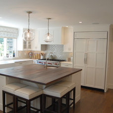 Traditional Kitchen by Signature Home Remodeling, LLC