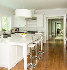 traditional kitchen by Thiel Architecture + Design