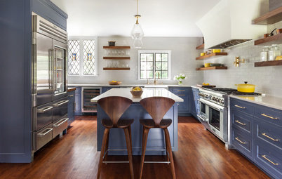 Kitchen of the Week: Blue, Brass and Built-Ins