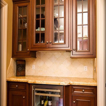 wetbar design with wine cooler by Bay Area residential contractor
