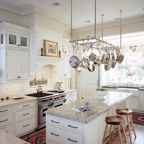 Inspiration For A Large Timeless U Shaped Open Concept Kitchen Remodel In  Atlanta With Beaded