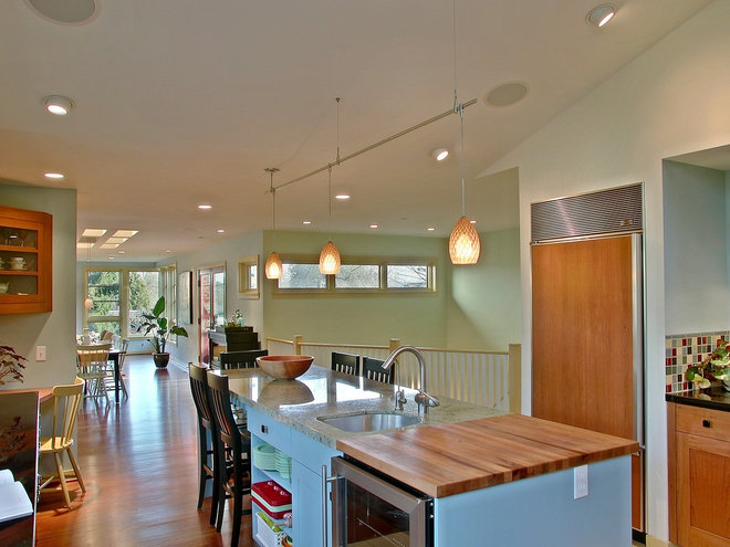 Contemporary Kitchen by Neiman Taber Architects