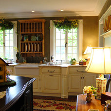 Traditional Kitchen by Village Design Group