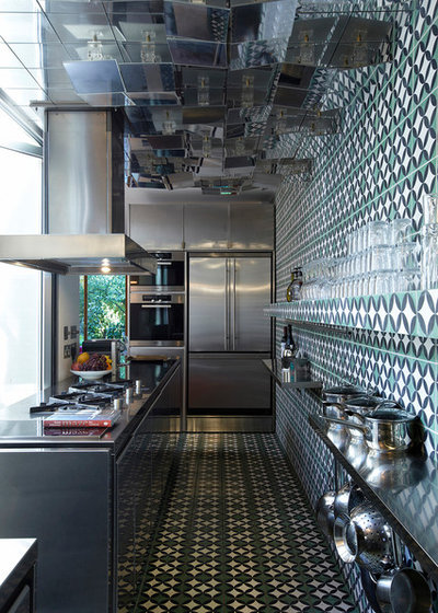 Eclectic Kitchen by WHAT_architecture