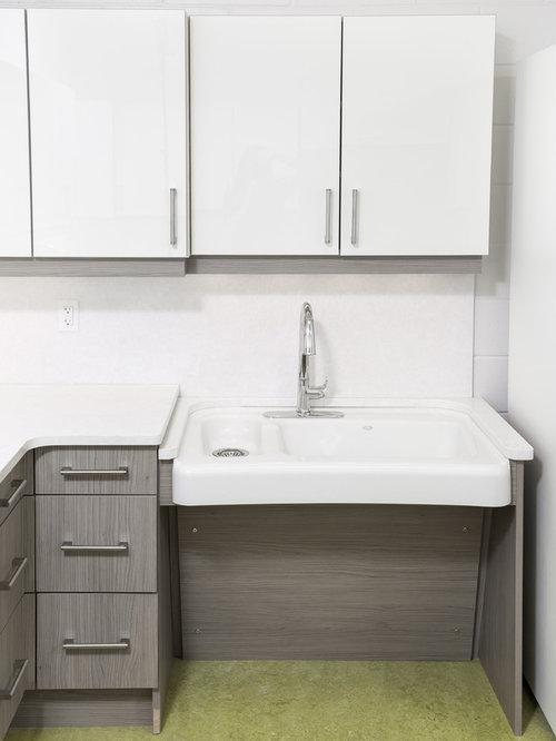 wheelchair accessible kitchen design wheelchair accessible kitchen by studio 512universal
