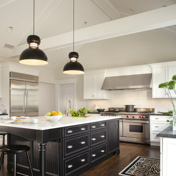 White and Black Low Country Kitchen