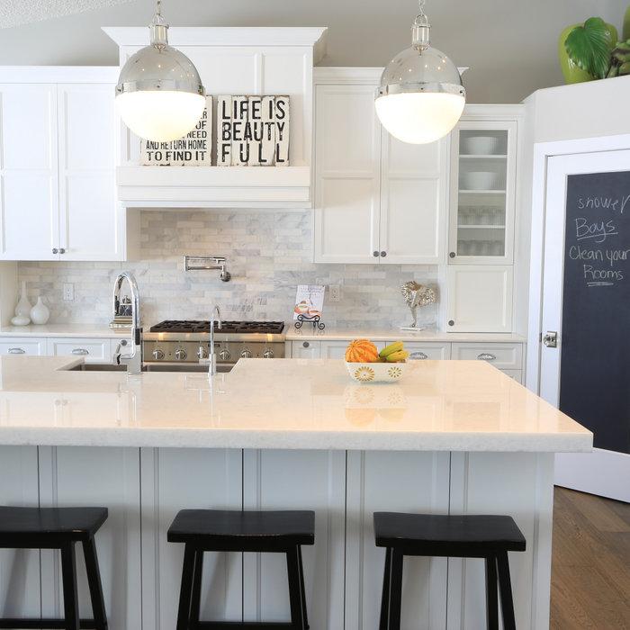 White Fresh Kitchen
