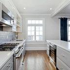Efficient Mountain Contemporary Contemporary Kitchen