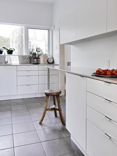 White Kitchen No Handles no handles | houzz