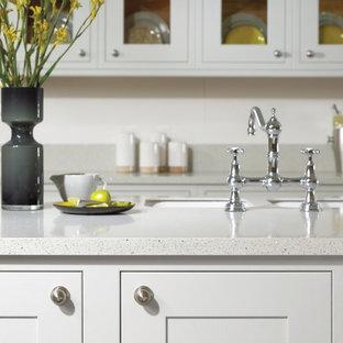 Contemporary kitchen photos - Trendy kitchen photo in Atlanta