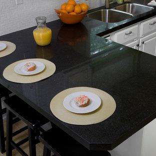 Contemporary kitchen inspiration - Inspiration for a contemporary kitchen remodel in Atlanta