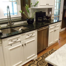 Traditional Kitchen by Acworth Cabinet, Inc