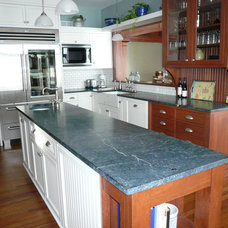 Traditional Kitchen by Preferred Kitchens, Inc.