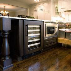 Traditional Kitchen by Advance Design Studio, Ltd.