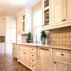 Farmhouse Kitchen by Maraya Interior Design