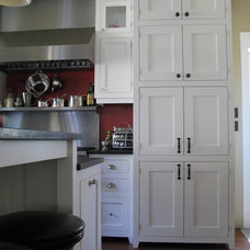 Craftsman Kitchen by Wesley Ellen Design & Millwork