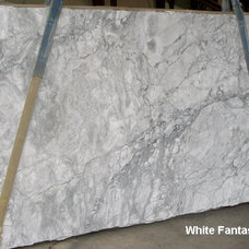 Traditional Kitchen White Fantasy Granite