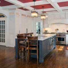 East hill cabinetry cabinets cabinetry in white plains for Kitchen cabinets yorktown ny