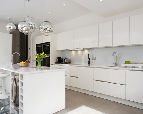 High gloss white kitchen houzz for Kitchen cabinets 700mm