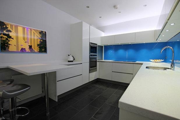 New Modern Kitchen by LWK Kitchens London