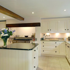 Traditional Kitchen by Fine Fitted Interiors