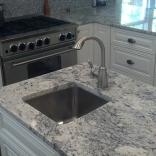 Mid Sized Trendy L Shaped Dark Wood Floor And Brown Eat In Save Photo White Ice Kitchen