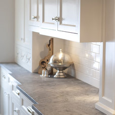 Traditional Kitchen by Benjamin Blackwelder Cabinetry