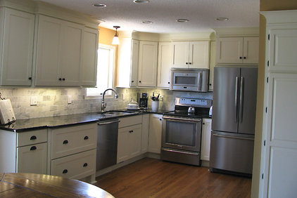 Kitchen by CliqStudios Cabinets