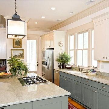 White Kitchen Cabinets   Shaker Door Style   CliqStudios